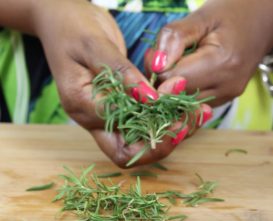 How to Shuck Rosemary