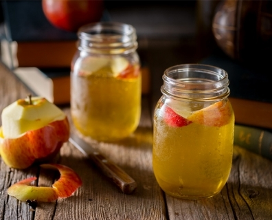 Apple Cider Vinegar – Liquid Gold In Your Own Pantry