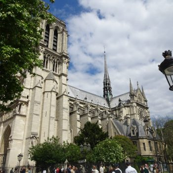 Here is a list of other equally stunning, historically significant and beautiful sites and monuments around Paris that you can visit