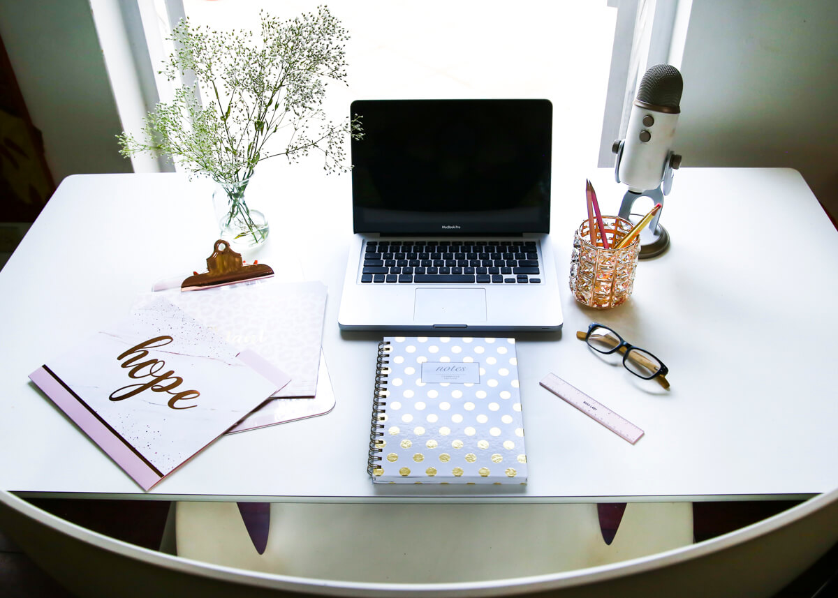 5  Things I Love In My Small, Functional, Stylish Home Office